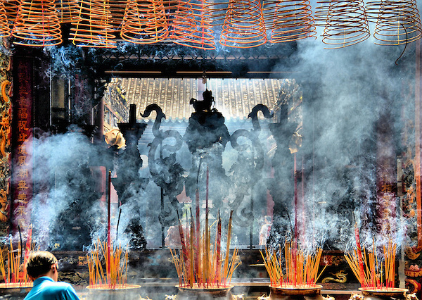 Everything_soulful_Burning-Incense-Altar-Temple