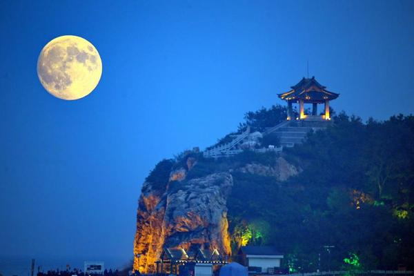 everything_soulful_full_moon_china