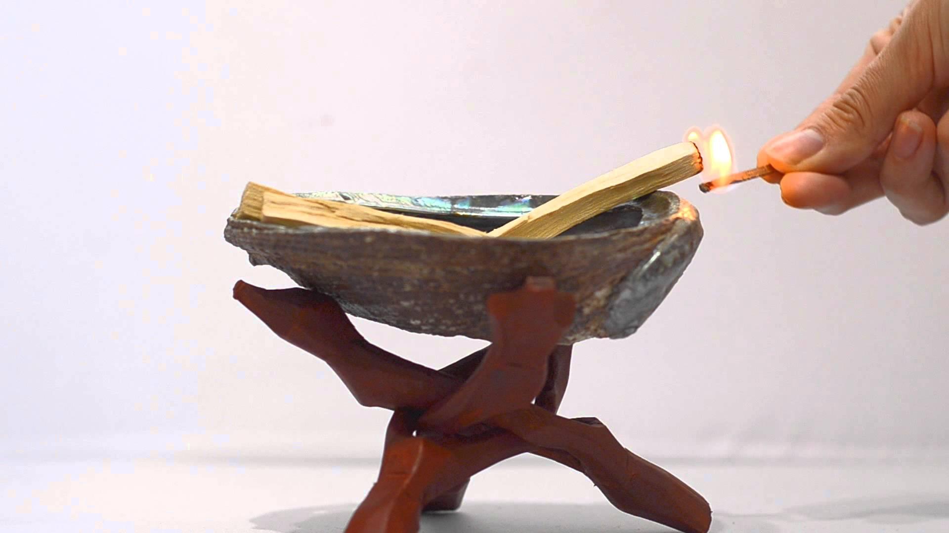 everything_palo_santo_burning