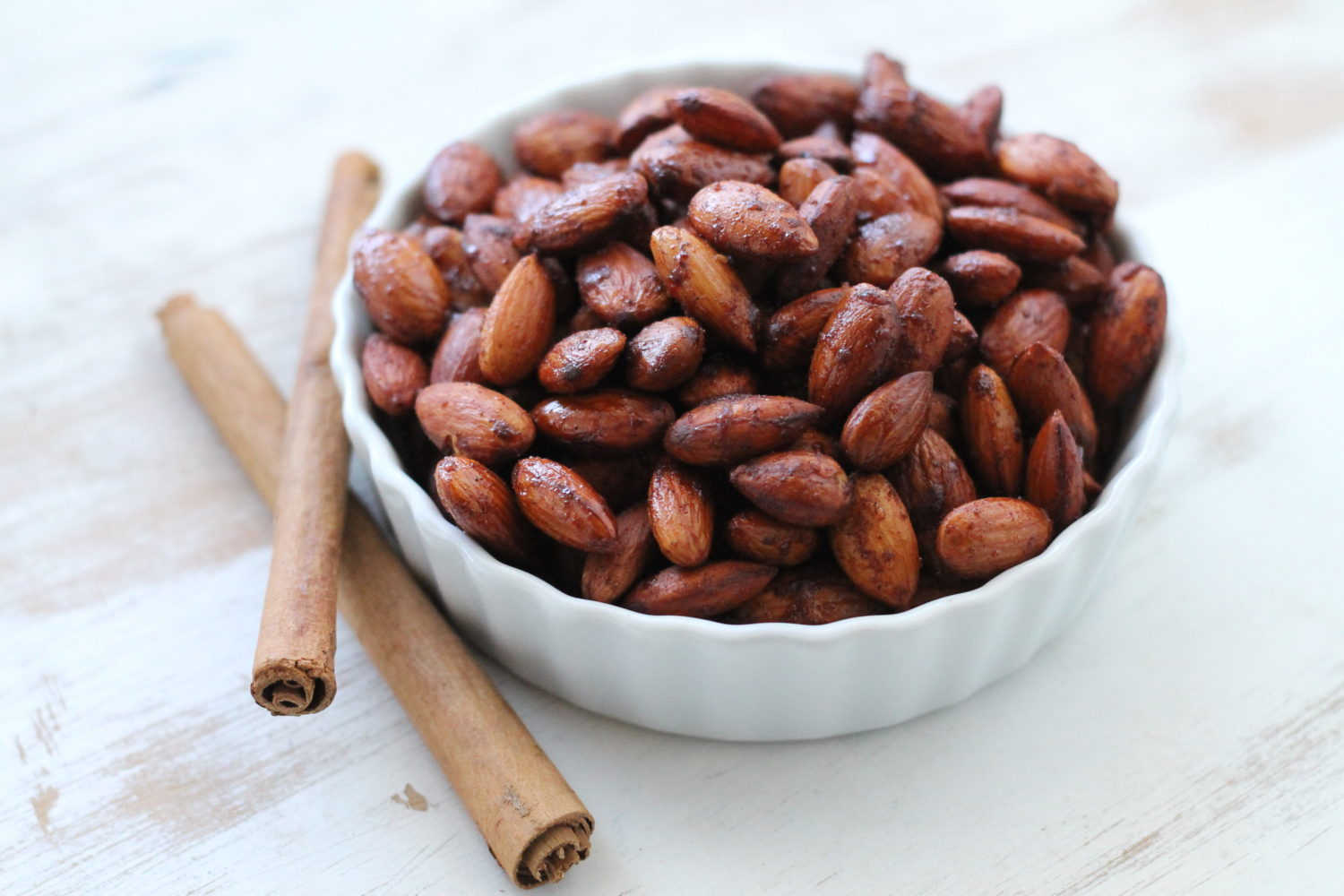 everything_soulful_cinnamon_roasted_almonds_1