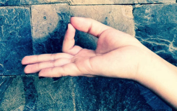 Increase Your Energy Flow With Hand Yoga Mudras Everything Soulful